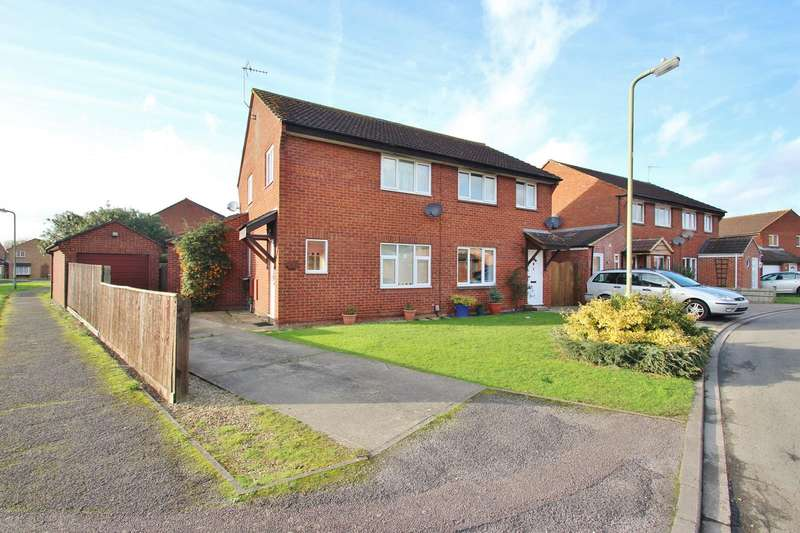 4 Bedrooms Semi Detached House for sale in Trinity Close, Abingdon, OX14