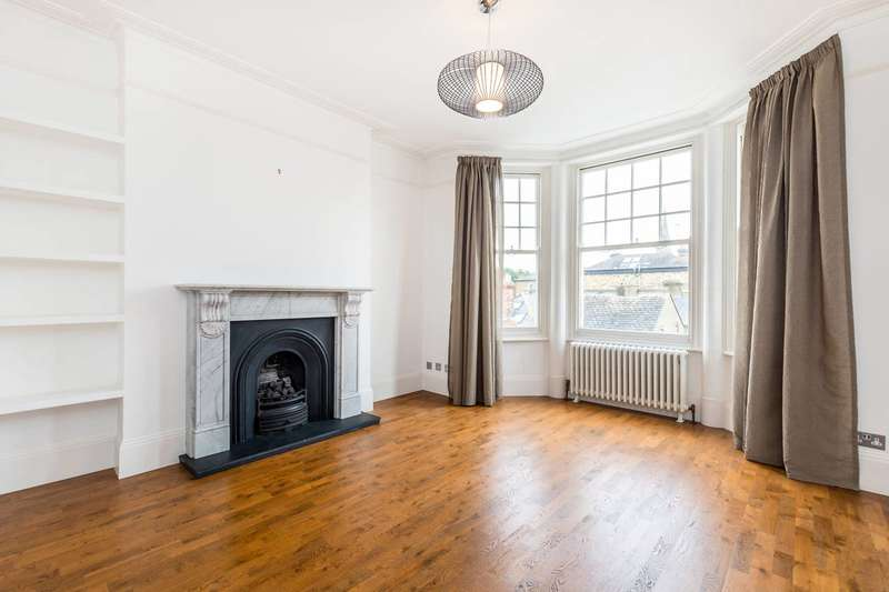 1 Bedroom Flat for sale in Onslow Avenue, Richmond, Surrey, Richmond Hill, TW10