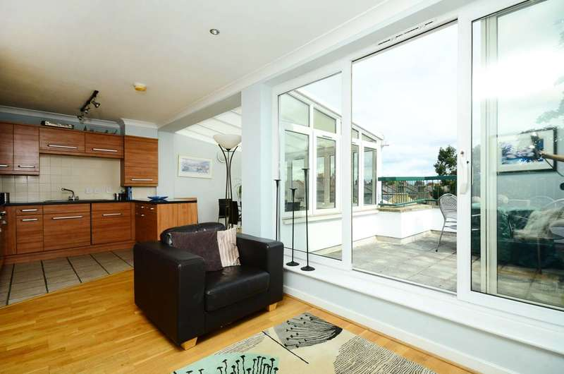 2 Bedrooms Flat for sale in Merton Road, Wimbledon, SW19