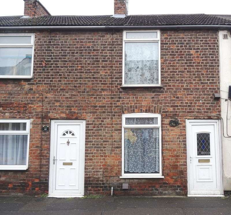 1 Bedroom Terraced House for sale in IDEAL INVESTMENT PROPERTY CLOSE TO TOWN CENTRE