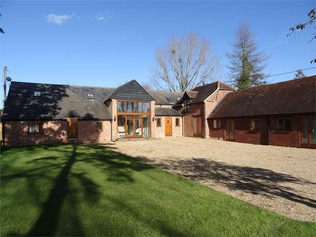 5 Bedrooms Barn Conversion Character Property for sale in Sheepcote Lane, Paley Street, Maidenhead, Berkshire