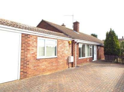 3 Bedrooms Bungalow for sale in Hunstanton, Norfolk
