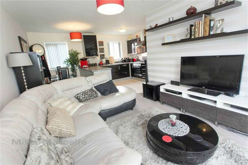 2 Bedrooms Flat for sale in Lostock Lane, Lostock, Bolton, Lancashire