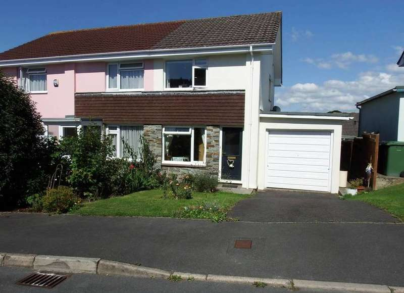 2 Bedrooms Semi Detached House for sale in Goodleigh Rise, Barnstaple