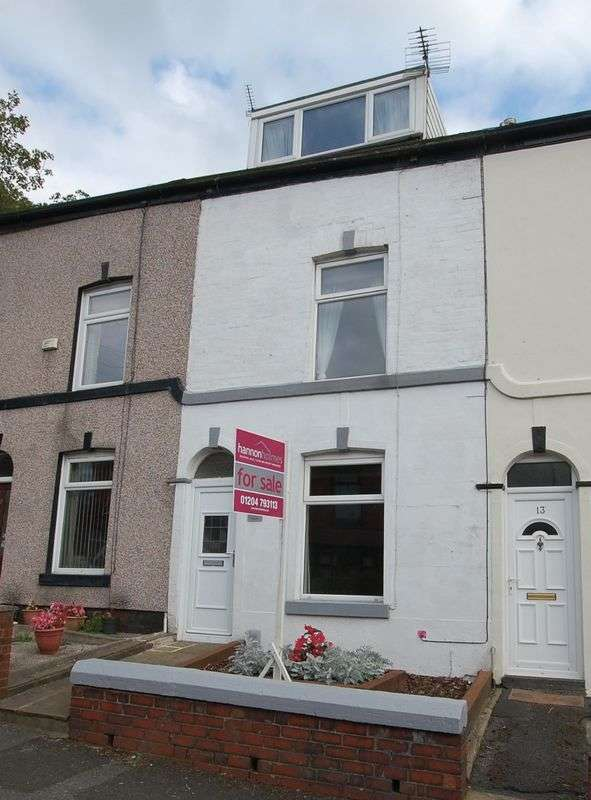 3 Bedrooms Terraced House for sale in Hough Lane, Bromley Cross, Bolton