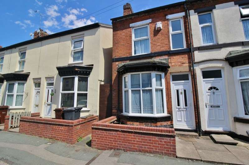 3 Bedrooms Semi Detached House for sale in Austin Street, Whitmore Reans, Wolverhampton