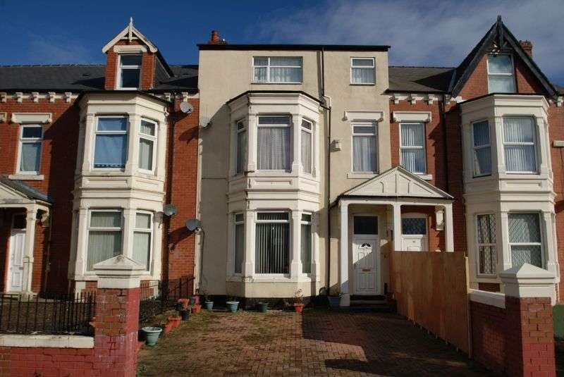 5 Bedrooms Detached House for sale in Southfield Road, Middlesbrough TS1 3EX