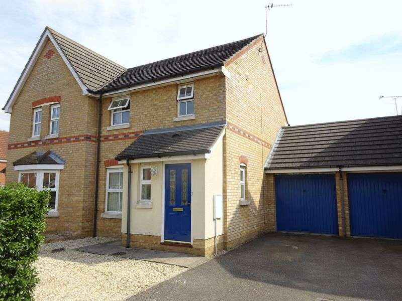 3 Bedrooms Semi Detached House for sale in The Drove, Taverham, Norwich