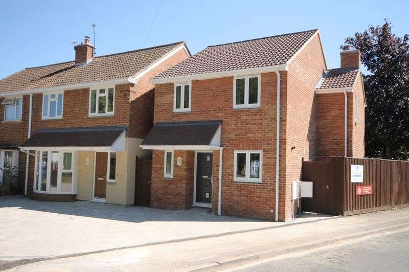 3 Bedrooms Detached House for sale in KIDLINGTON