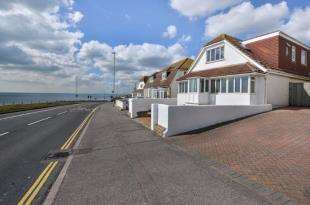 4 Bedrooms Detached House for sale in Marine Drive, Rottingdean, Brighton, East Sussex