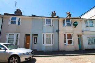 2 Bedrooms Terraced House for sale in Bayford Road, Littlehampton, West Sussex