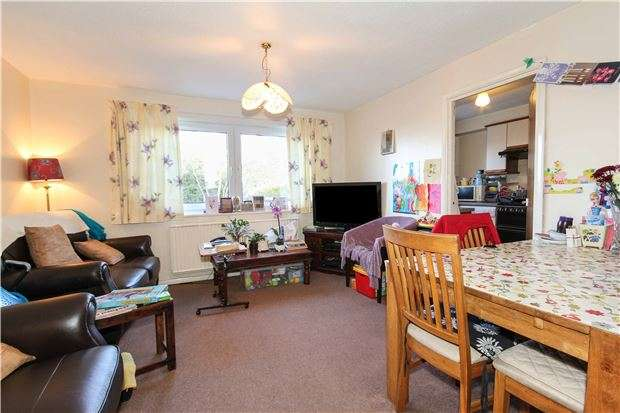 3 Bedrooms Semi Detached House for sale in Hardings Close, OXFORD, OX4 4NT
