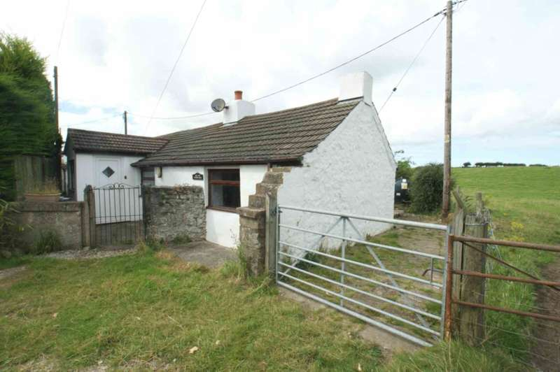 2 Bedrooms Cottage House for sale in Pen Y Ball, Holywell, Flintshire. CH8 8SU.