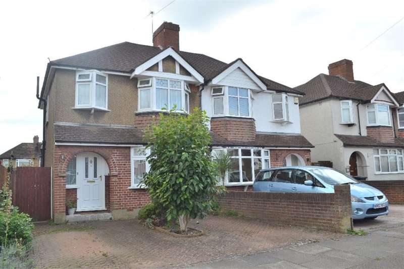 3 Bedrooms Semi Detached House for sale in Hillingdon Road, Watford, Herts, WD25