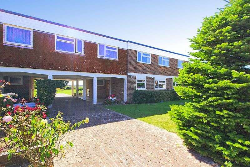 3 Bedrooms Flat for sale in Mill Close, Fishbourne, Chichester PO19