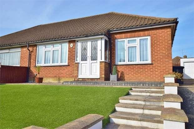3 Bedrooms Semi Detached Bungalow for sale in Duncan Way, BUSHEY, Hertfordshire