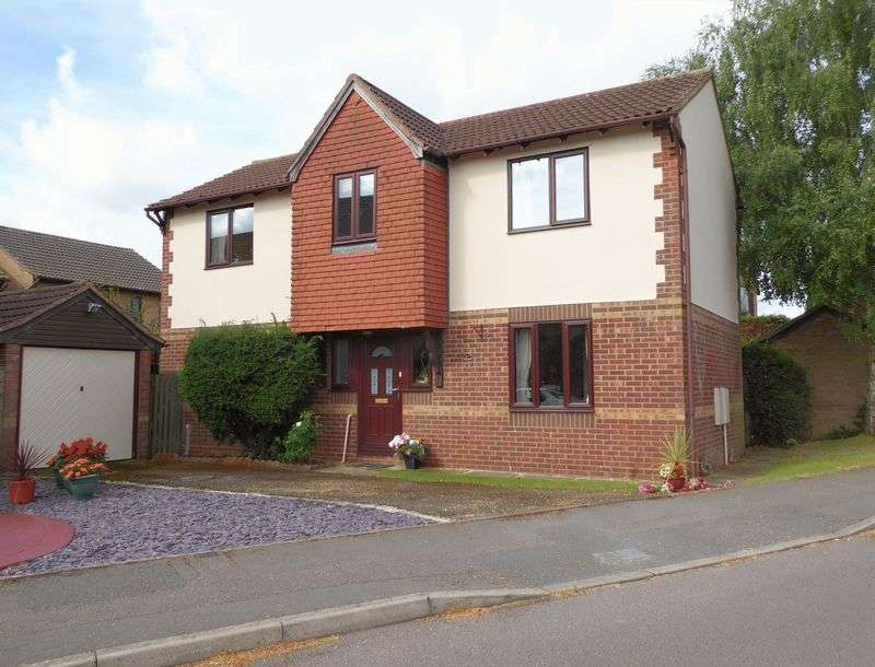 4 Bedrooms Detached House for sale in Willow Drive, Bicester