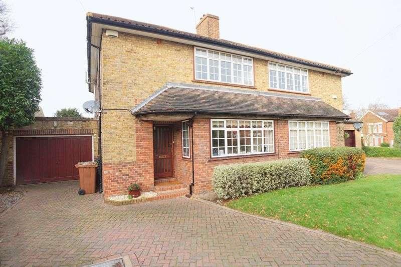 3 Bedrooms Semi Detached House for sale in Priestlands Park Road, Sidcup, DA15 7HJ
