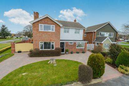4 Bedrooms Detached House for sale in Byemoor Avenue, Great Ayton, Middlesbrough, North Yorkshire