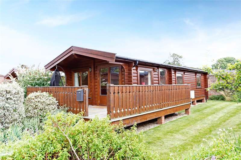 2 Bedrooms Detached Bungalow for sale in The Walled Garden, Harleyford, Henley Road, Marlow, SL7
