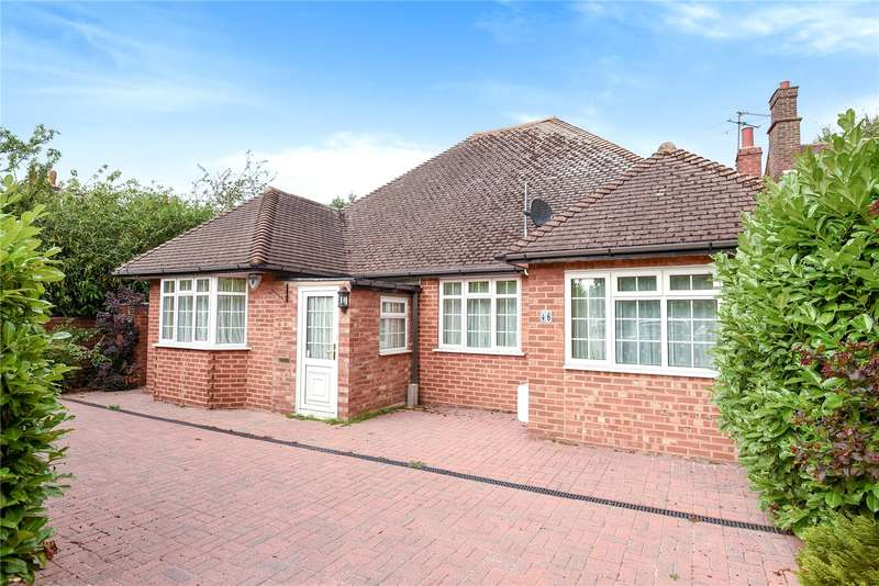 3 Bedrooms Bungalow for sale in Wood Lane, Ruislip, Middlesex, HA4