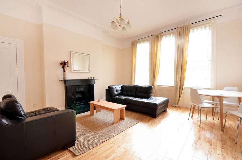 2 Bedrooms Flat for sale in St Saviours Court, Poplar, E14