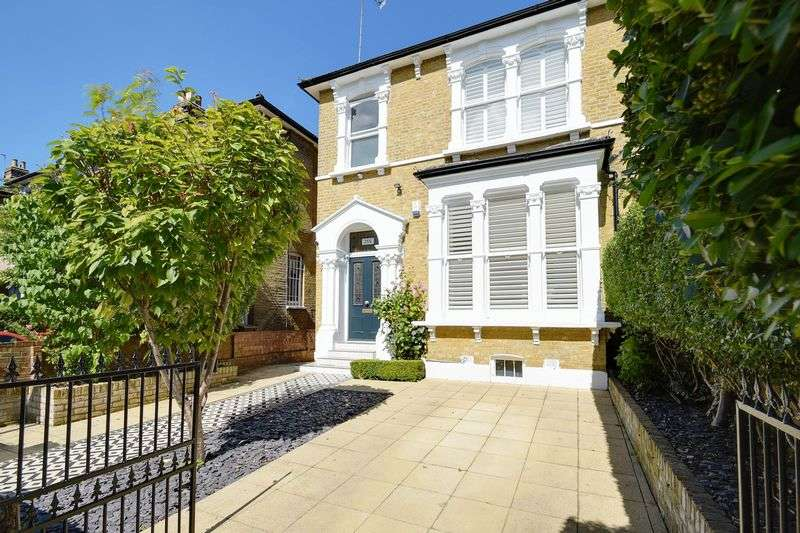 5 Bedrooms Terraced House for sale in Evering Road, London