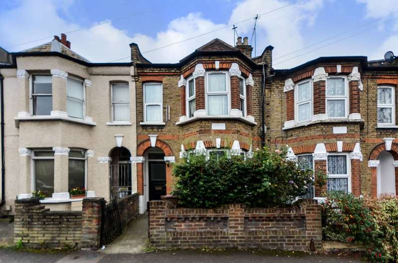 3 Bedrooms Flat for sale in Somers Road, Walthamstow, E17