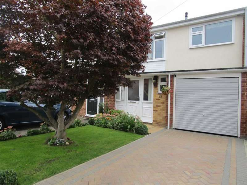 3 Bedrooms Property for sale in Robin Hood Close, Cippenham, Berkshire