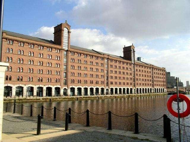 2 Bedrooms Apartment Flat for sale in Waterloo Warehouse, Waterloo Road, Liverpool, L3