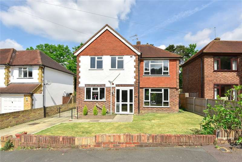 4 Bedrooms Detached House for sale in Le Marchant Road, Frimley, Camberley, Surrey, GU16