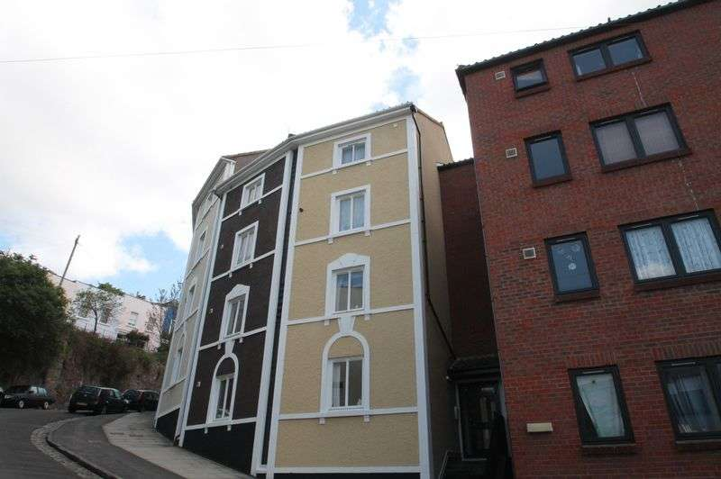1 Bedroom Flat for sale in Ambrose Road, Cliftonwood, Bristol