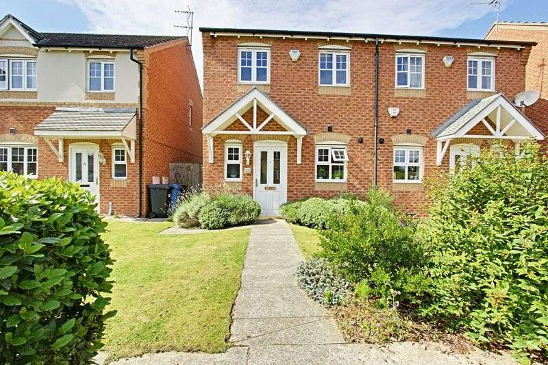 2 Bedrooms Semi Detached House for sale in Hainsworth Park, Hull