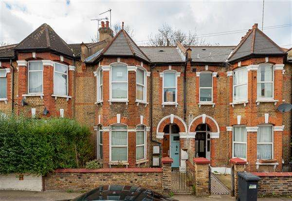 2 Bedrooms Apartment Flat for sale in Sandrock Road, Lewisham
