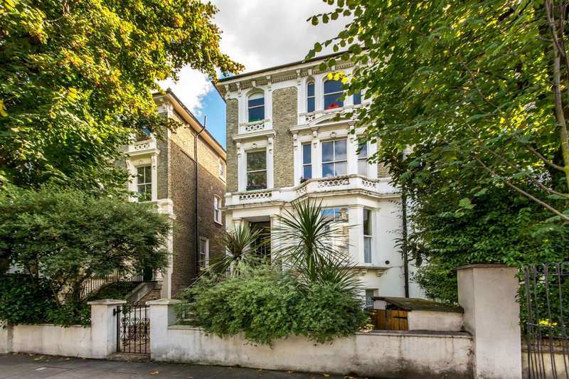 2 Bedrooms Maisonette Flat for sale in Cambridge Gardens, Ladbroke Grove, W10
