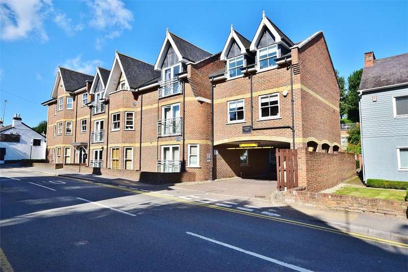 2 Bedrooms Flat for sale in Bishop's Stortford