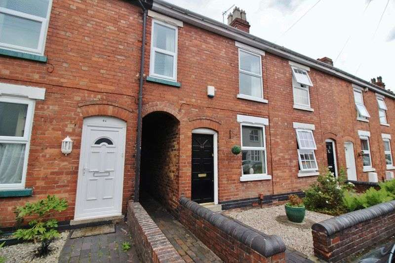 2 Bedrooms Terraced House for sale in Victoria Road, Wolverhampton
