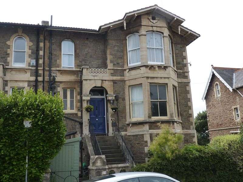 4 Bedrooms Semi Detached House for sale in Semi detached Victorian investment opportunity