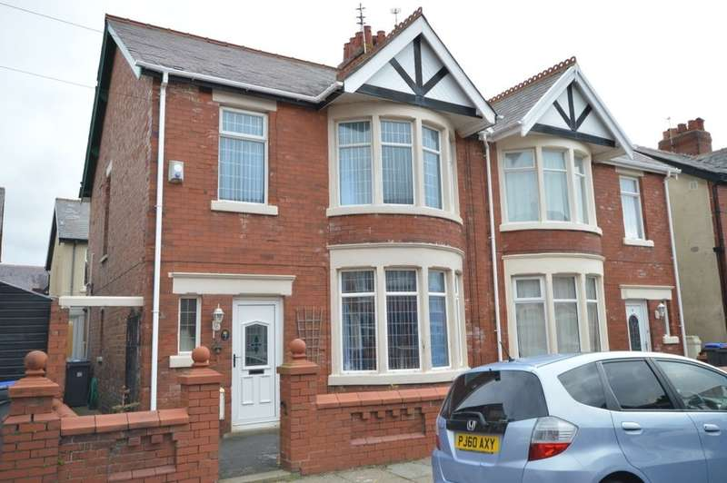 3 Bedrooms Semi Detached House for sale in Queensway, South Shore