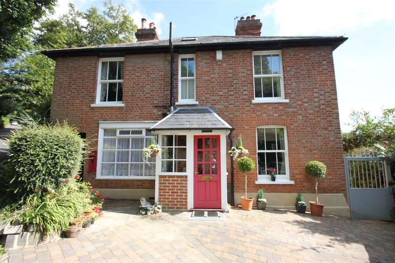 4 Bedrooms Property for sale in Toys Hill, Westerham