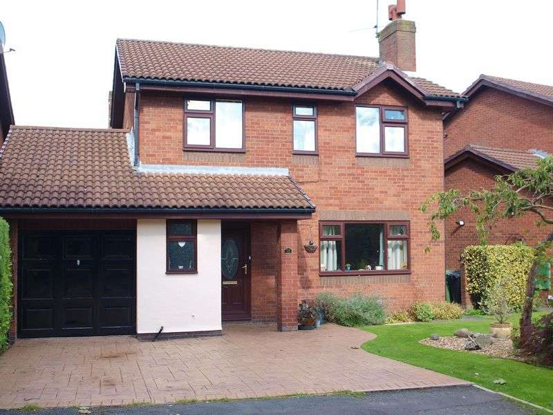 4 Bedrooms Detached House for sale in Ashgate Lane, Wincham, CW9 6PN