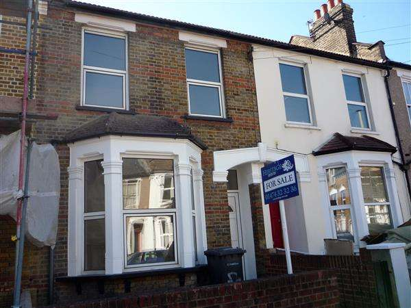 3 Bedrooms Terraced House for sale in Springrice Road, Hither Green