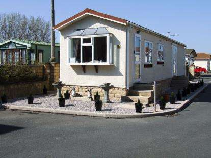 2 Bedrooms Mobile Home for sale in Broadfields Park, Oxcliffe Road, Heaton With Oxcliffe, Morecambe, LA3