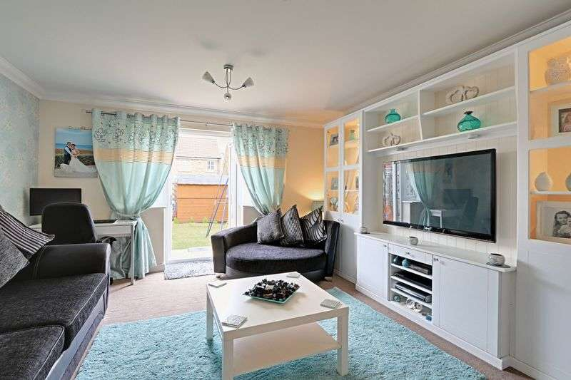 2 Bedrooms Terraced House for sale in Pools Brook Park, Kingswood