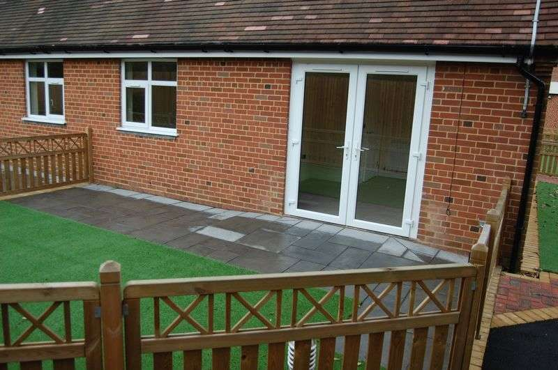 1 Bedroom Bungalow for sale in Anita Stone Court, Moor Green Lane, Moseley - ONE BEDROOM BUNGALOW IN MOSELEY!!