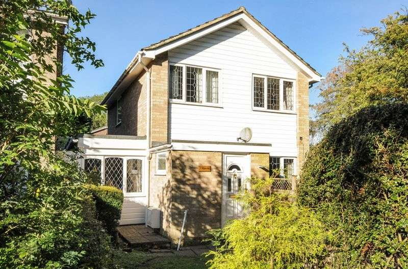 Detached House for sale in Burghfield Common