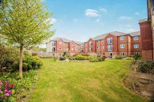 1 Bedroom Retirement Property for sale in Laurel Court, 24 Stanley Road, Folkestone, Kent