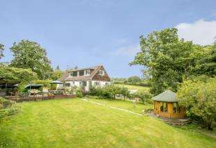 4 Bedrooms Detached House for sale in Royal Oak Lane, High Hurstwood, Uckfield, East Sussex