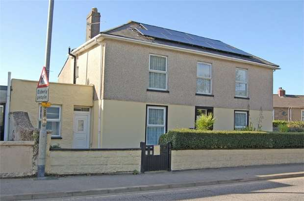 4 Bedrooms Semi Detached House for sale in Roskear, Camborne, Cornwall