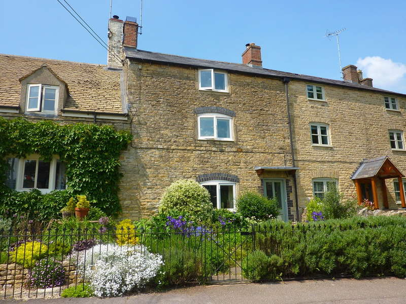 3 Bedrooms Cottage House for sale in Over Norton, Oxfordshire